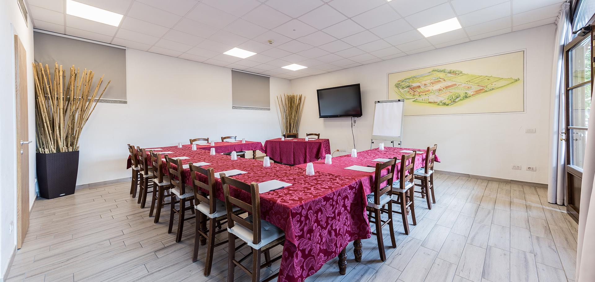 Allestimento Meeting sala Le Carrozze