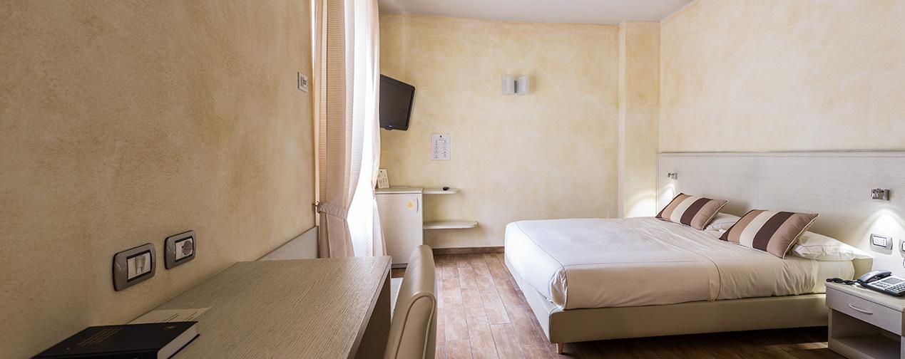 camera matrimoniale hotel monza